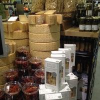 8/24/2012にManny VがWhole Foods Marketで撮った写真