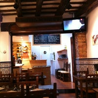 Foto tomada en El Pou por Adrian K. el 2/27/2012