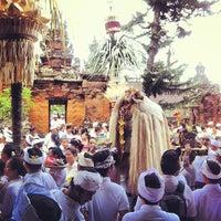 Photo taken at Pura Desa Pengrebongan Kesiman by Suprapta A. on 2/20/2012