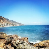 Photo taken at Duke's Malibu by Jen R. on 8/7/2012