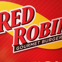 Photo taken at Red Robin Gourmet Burgers by Big Buda™ on 6/7/2012
