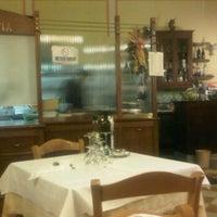 Photo taken at Citta de Pisina by carmen m. on 5/22/2012