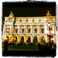 Foto tirada no(a) Place de l'Opéra por / J. em 3/3/2012