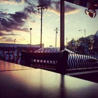 รูปภาพถ่ายที่ Biggby Coffee โดย Jermaine Y. เมื่อ 6/7/2012