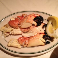 Foto tirada no(a) Joe's Seafood, Prime Steak & Stone Crab por Shari S. em 4/27/2012