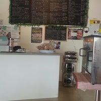 Photo taken at Turo-Turo Philippine Café by Nizzy A. on 8/13/2012