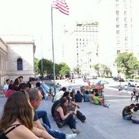6/14/2012 tarihinde Gardel M.ziyaretçi tarafından Metropolitan Museum Steps'de çekilen fotoğraf