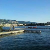 Photo prise au Buvette des Bains des Pâquis par Marcelo Almeida le7/18/2012