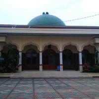 Photo taken at Masjid Jami' AL-HIDAYAH Sadang by Bhetz R. on 2/4/2012