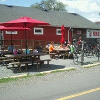 6/2/2012にCharlie R.がW & OD Trail at Carolina Brothers Pit Barbecueで撮った写真
