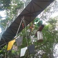 Foto tomada en UNAB por Andres G. el 8/24/2012