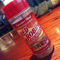 Photo taken at Red Robin Gourmet Burgers by Cup C. on 7/30/2012