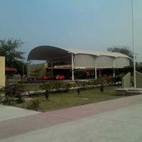 Photo taken at Secundaria De Talentos by Alinne L. on 5/31/2012