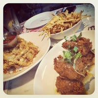 Photo taken at Deville Dinerbar by Steve on 8/18/2012