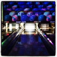 Photo taken at Alley Katz Bowling Center by Stephanie on 8/12/2012