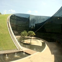 Photo taken at Nanyang Technological University (NTU) by Weeralert A. on 4/26/2012