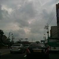 Photo taken at 추억의 80년대 팝송 나오는 택시 by Seogwon J. on 8/25/2012
