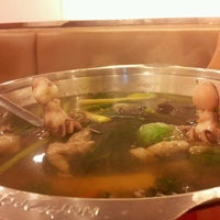 Photo taken at Hot Pot Inter Buffet by Nathapat Sound on 6/9/2012