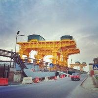 Снимок сделан в Плотина Иваньковской ГЭС пользователем Madama K. 5/2/2012