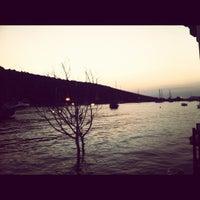 Photo prise au Karafaki Restaurant par Ege A. le8/9/2012