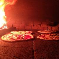 Photo taken at Pizzeria Mari by Wolfhardoplaces on 8/8/2012