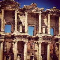 8/31/2012 tarihinde Burcuziyaretçi tarafından Efes'de çekilen fotoğraf