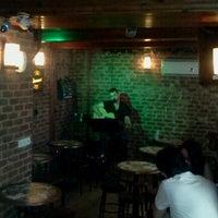 Foto tomada en Splendor Bar por Onur K. el 7/9/2012