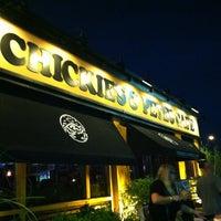 Foto tomada en Chickie's & Pete's por Terry B. el 7/28/2012
