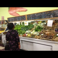 Photo taken at Rainbow Natural Grocery Co-Op by Lici B. on 5/15/2012