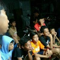 Das Foto wurde bei lapangan grindo von Hadi B. am 6/9/2012 aufgenommen