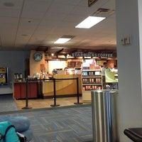 Photo taken at Starbucks by Juliana G. on 8/26/2012