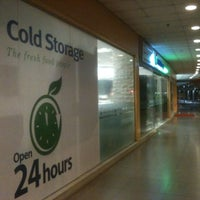 Photo taken at Cold Storage by 💋JuWieZy™ V. on 2/13/2012