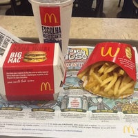 Photo taken at McDonald's by Guilherme B. on 5/30/2012