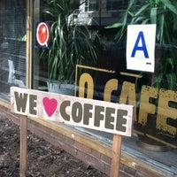 Снимок сделан в O Cafe пользователем Skylar S. 2/19/2012