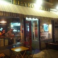 9/3/2012にManuel R.がBistro Petitで撮った写真