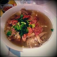 Foto tomada en Le Kok por Laura el 5/25/2012