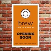 Foto tirada no(a) Brew Coffee House por Liz T. em 5/22/2012