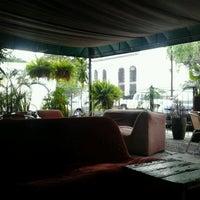 7/21/2012にDemian L.がBons Cafeで撮った写真