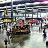 Photo taken at München Hauptbahnhof by Ken H. on 8/25/2012