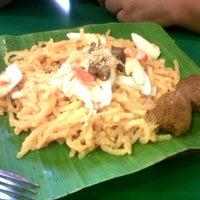Foto tomada en Pancit ng taga Malabon por Dianne S. el 3/10/2012