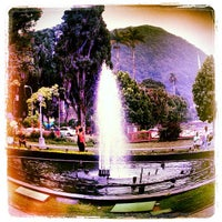 Das Foto wurde bei Praça da Liberdade von Patrick F. am 3/4/2012 aufgenommen