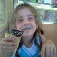 Photo taken at Baskin-Robbins by Ron S. on 9/2/2012