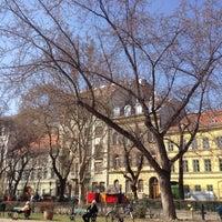 3/18/2012 tarihinde Doron R.ziyaretçi tarafından Károlyi-kert'de çekilen fotoğraf