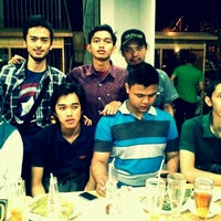 Photo taken at Food Mania by dani fatur r. on 8/17/2012