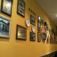 Foto tirada no(a) Café Baroni por Eduardo A. em 8/24/2012
