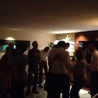 6/27/2012 tarihinde Maikziyaretçi tarafından Club 301'de çekilen fotoğraf