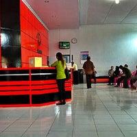 Photo taken at Kantor Pos Gorontalo 96100 by Zulfikar M. on 3/5/2012