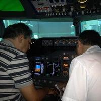 Photo prise au L'Aeroteca par Paulo Porto U. le6/14/2012