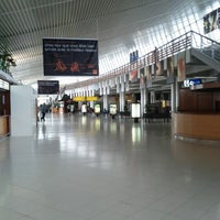 Photo taken at Martinique Aimé Césaire International Airport (FDF) by Laurent R. on 7/19/2012