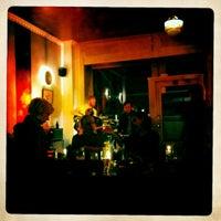 Das Foto wurde bei Beakers von Michael B. am 4/21/2012 aufgenommen